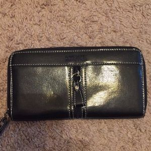Kenneth Cole Reaction Leather Wallet🖤